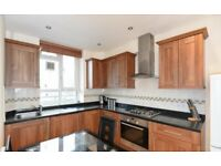 Fantastic recently refurbished apartment located on the Fulham Road moments from the tube!