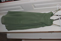Green 'Clover' colored Alfred Angelo bridesmaid dress size 0-2