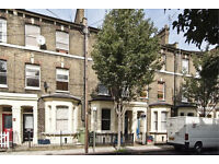 Elephant and Castle SE17. Newly Redecorated Large, Light & Modern 4 Bed Furnished House with Garden