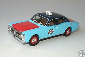 NEW-XY-Ford-Falcon-RSL-R-S-L-Sydney-Taxi-1-64-Diecast-Model-Car-Display-Case