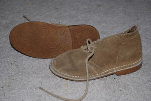 Youth Light Brown Suede Desert Boots