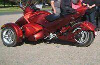 2009 candy apple red can am spyder RSS5