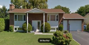 Maison à louer 1500$ par mois