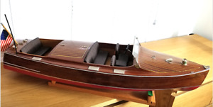 Chris Craft RC Lake Boat (Museum Quality)