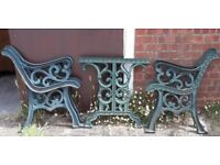 Set Of Two Pairs Of Full Size Green Cast Iron Fleur-De-Lis Garden Bench Ends And Matching Table Ends