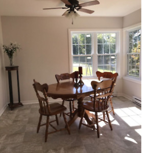 Solid maple table, 4 chairs (reduced!!)