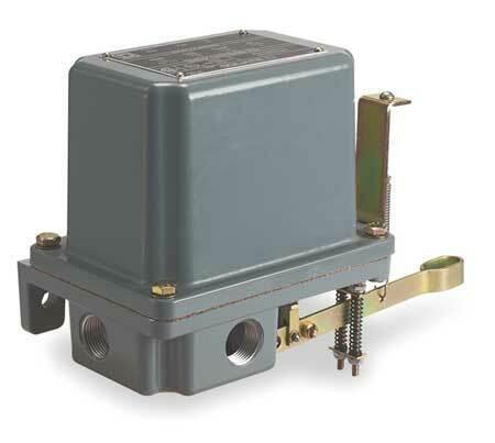 Square D By Schneider Electric 9038AR1 DPST Alternator Open Liquid Level Switch