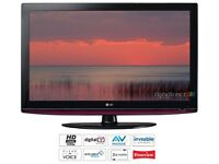 37 INCH LG FULL HD LCD TV WITH BUILT IN FREEVIEW **DELIVERY IS POSSIBLE**