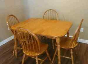 Dining table set. .can deliver