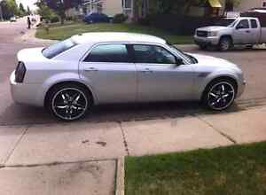 2009 Chrysler 300 cash and trade only