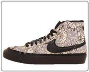 Black Nike Blazers