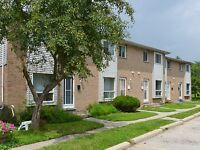 3 BR Townhome + Yard, In-suite Laundry & More (RENT JUNE)