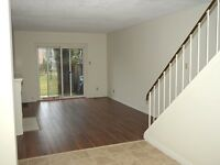 3 BDRM TOWNHOUSE IN WESMOUNT - AWESOME LOCATION!!!