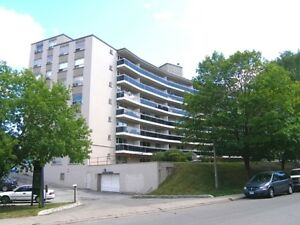 Port Credit - Renovated, Condo Quality!