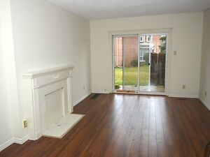 2 bdrm townhouse in WESTMOUNT - CLOSE TO EVERYTHING!!!