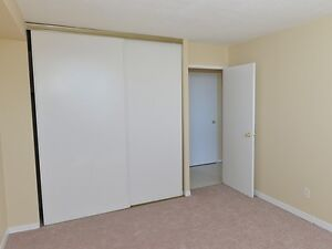 Spacious & Affordable 3 Bedroom Suites! Call Now! Kitchener / Waterloo Kitchener Area image 4