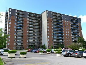 3 BDRM IN WESTMOUNT - AWESOME LOCATION!!