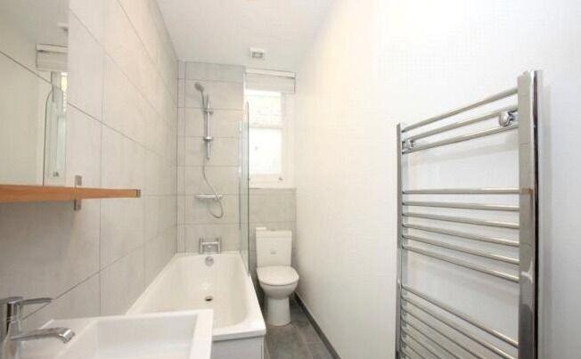Modern Brixton 3 Bed Flat - £570PW!