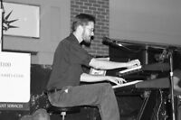 Piano player for your private event
