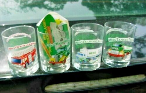 Set of 4 HESS Toy Truck Glasses / Tumblers - 1996 with advertising card