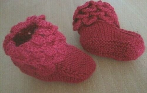 WARM+RED+MAGICAL+FAIRY+BOOTEES.+AGE+3-6m.