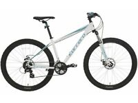 BRAND NEW (USED ONCE) CARRERA VENGENCE WOMANS MOUNTAIN BIKE (RETAIL £320.00) PLUS a lot of EXTRAS