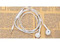 (NEW) Apple iPhone 6plus 6 5 5s Earpods Earphones with Remote and Mic
