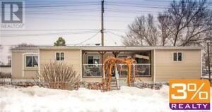D25//Brandon/1028 sqft 2 bedroom mobile home ~ by 3% Realty