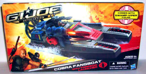 Cobra Fangboat with Swamp Viper Action Figure