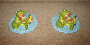 Russ Toadily Yours 'Summer Fun' Frogs / NEW Frog Decoration