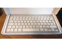 Apple wireless keyboard as new £35