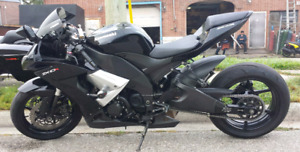 2009 zx10r mint for sell $8500 OBO
