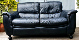 DELIVERY INCLUDED 2 seater genuine soft black leather sofa