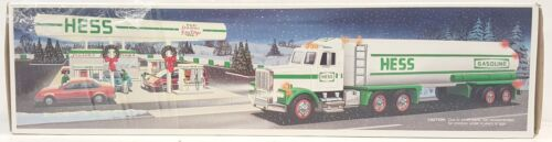 1990 HESS TANKER TRUCK NEW IN BOX