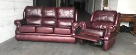 Burgundy Chesterfield recliner set can deliver