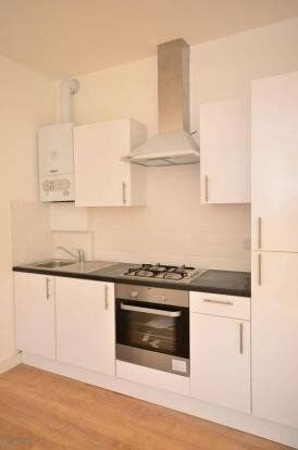 Spacious 3 Bedroom Property to Let on Green Lanes