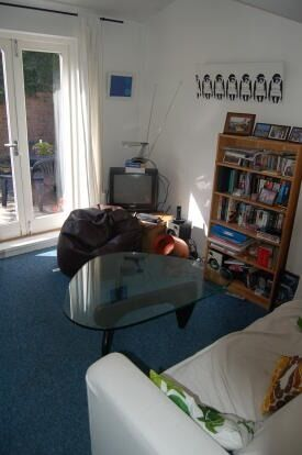 Ideal for sharers - Furnished 3 bed in Clapham North
