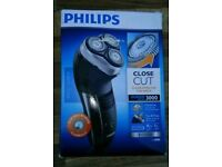Philips close Cut 3000 Shaver HQ6925 Unused conditon just box opened. Can deliver or post!
