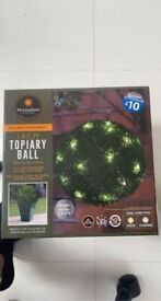 BRAND NEW topiary balls x2