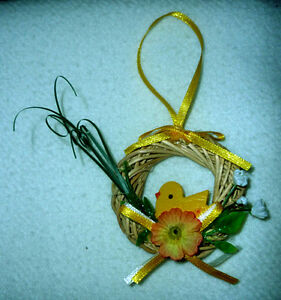 Ceramic Easter Baskets,Bowls,Straw Wreaths.. As shown Cambridge Kitchener Area image 4