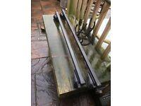 Lockable Swedish Thule roof rack bars