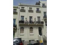 2 bedroom flat in Roundhill Crescent, Brighton, East Sussex, BN2