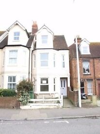 Large 5 bed Victorian townhouse available in Folkestone, Kent