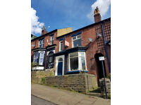 6 bedroom student house within walking distance to Collegiate campus and City Centre. BILLS INCLUDED