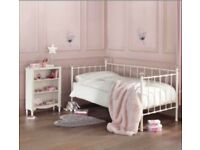 Next Ella day bed