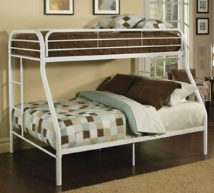 BRAND NEW - TWIN / FULL METAL BUNK BED !!