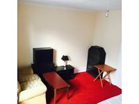 SB Lets are delighted to offer this fully furnished studio flat just off Western Rd STUDENTS WELCOME