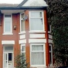 5 bedroom semi-detached house to rent 18 Beech Grove, Fallowfield, M14 6UY