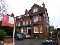 2 bedroom flat in Alexandra Road South, Manchester, M16