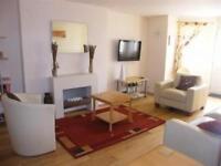 2 bedroom flat in Cressington, West Parade, LLandudno, Conwy, LL30